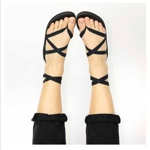 Sseko Ribbon Sandal in Black & Extra Sandal Ribbon